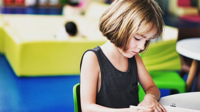Η ενημέρωση του γονέα για τις σχολικές επιδόσεις του τέκνου  επιβάλλεται ανεξαρτήτως διαζυγίου